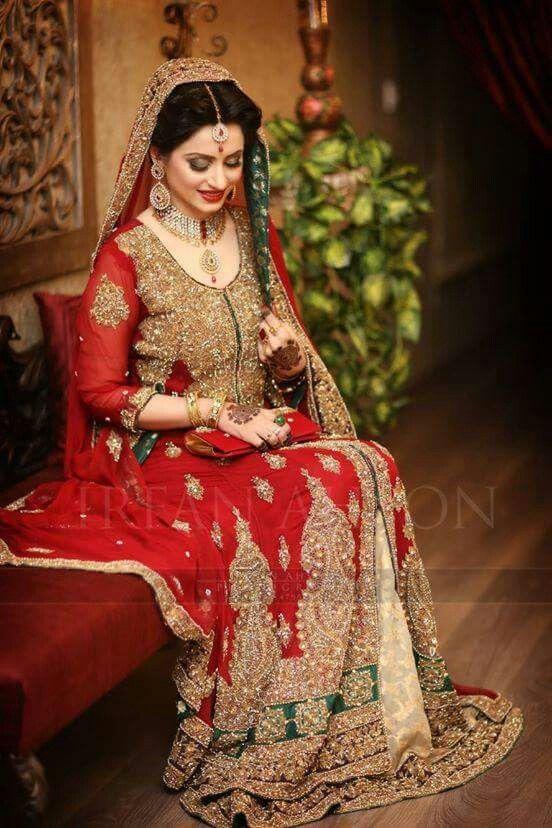 d1385d7810b6c Latest Bridal Gowns Trends & Designs Collection 2019-2020 | Barat ...