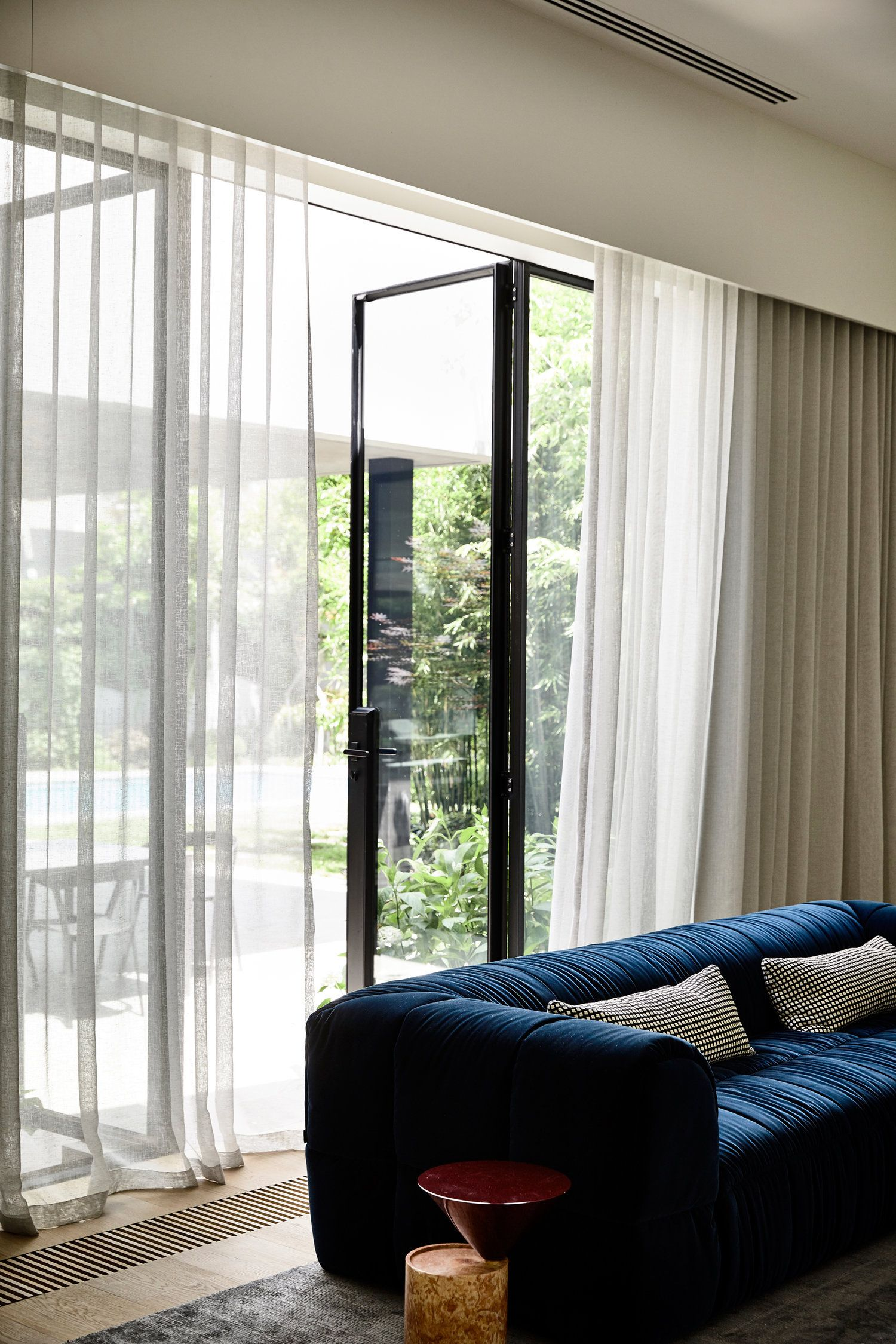 Large Windows Flowing Curtains Curtains Living Room Living Room