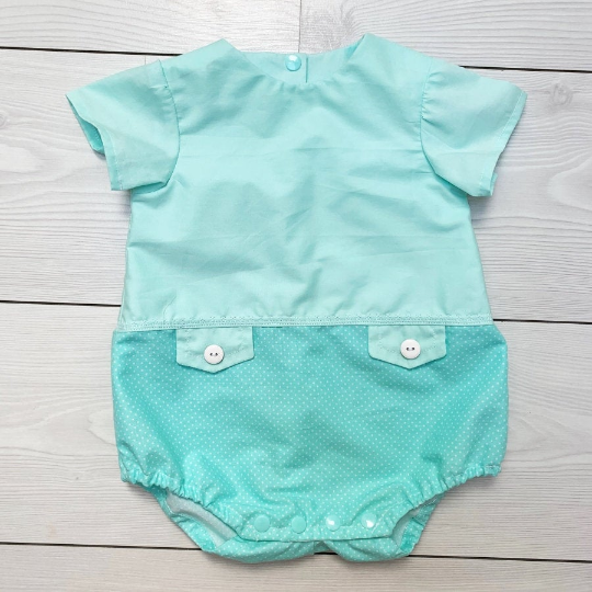 Unisex Baby Romper 0 3 Months Baby Romper Mint Green Unisex Baby Clothes Simple Baby Outfit Polka Dot Unisex Baby Romper In 2020 Baby Romper Unisex Baby Clothes Rompers