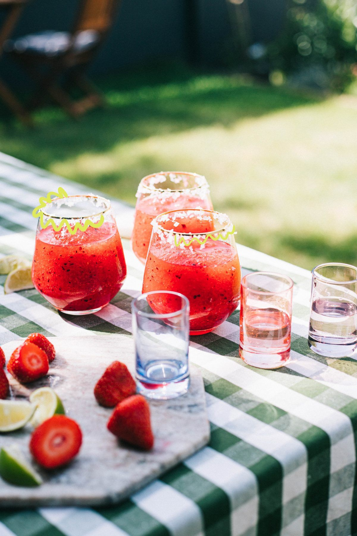 The Five Minute Frozen Margarita Recipe. – Poppy Deyes #frozenmargaritarecipes