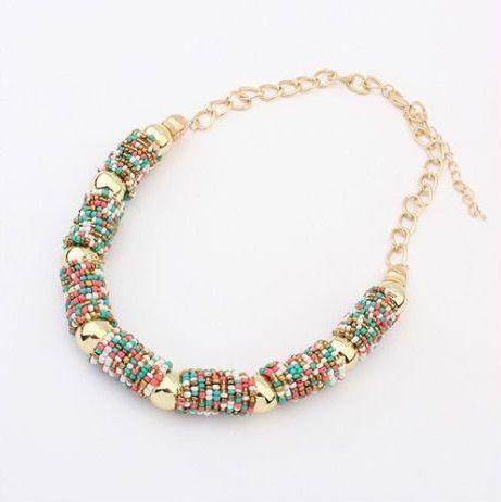 f0ccbadf783f  28.000 Collar de Moda en chaquiras de varios colores. Liviano - cadena  auto ajustable