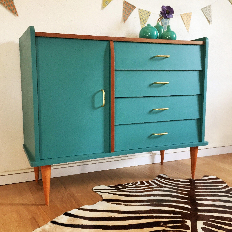 comme commode ou buffet vous craquerez pour ce joli rangement vintage des ann es 60 ses. Black Bedroom Furniture Sets. Home Design Ideas