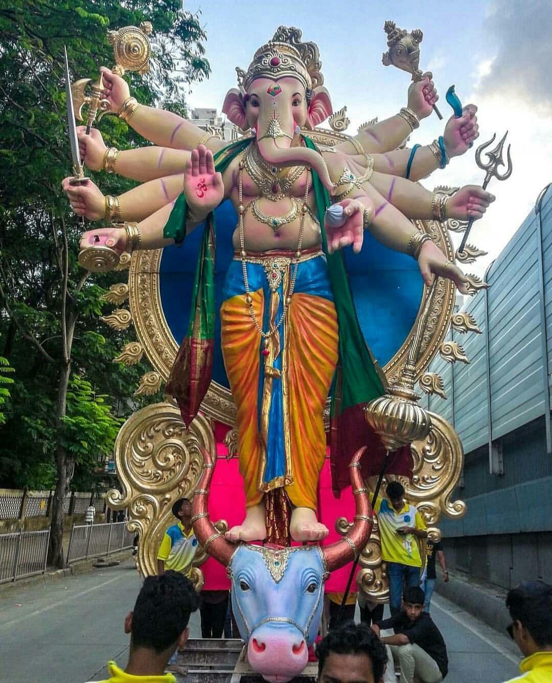 Pin By Ushapai On Ganesh New Types Shri Ganesh Images Ganesh Images Ganesha Pictures