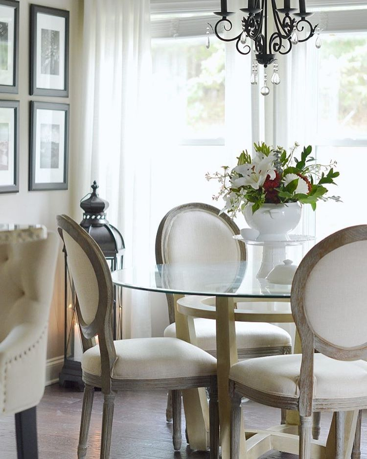 """With two big Friends and Family events going on this weekend, most everything in my home is on sale! I've included the discount codes and linked the most asked about items from all my bedding, bed, chairs (these are 30% off), bar cart ($119 with coupon), etc. on KELLEYNAN.com under the """"Shop"""" tab ➡️ """"My Sales"""". You can link over in my bio. I'll be stocking up this weekend, too 😉 http://liketk.it/2pkTI @liketoknow.it #liketkit  #ltkholidaystyle"""