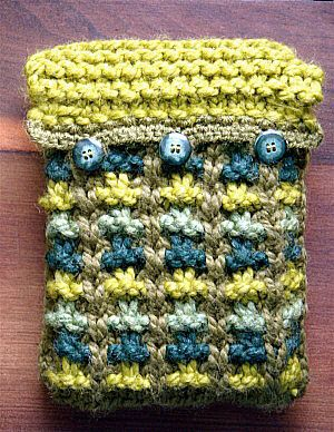 Book/Tablet Cover--free pattern--cute embellishments--still time to make this for the lucky person who is getting a iPad or Kindle for the holidays!