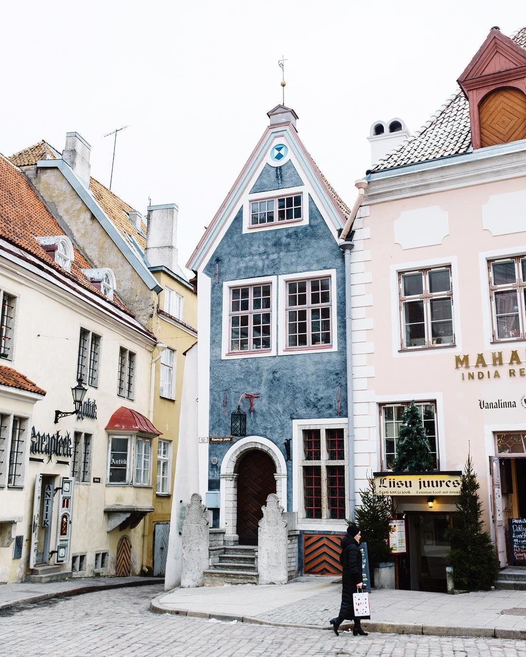 Tallinn Gingerbread Houses Tallinn Aussi Orthographie Tallin Est La Capitale De L Estonie Et Le Prin Places To Travel The Places Youll Go Adventure Travel