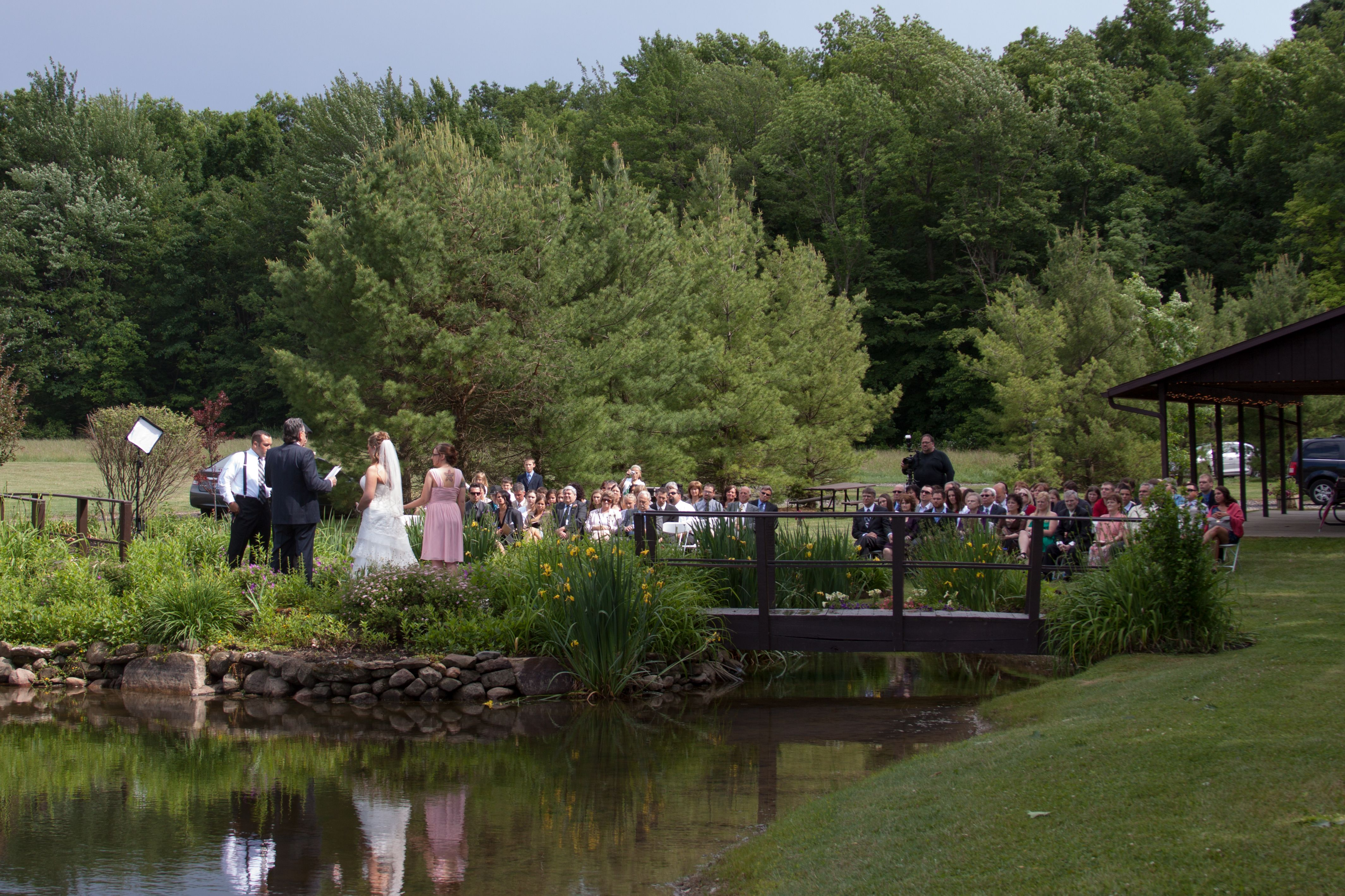 outdoor wedding ceremony sites in akron ohio%0A View of a ceremony on the island at Meadow Ridge