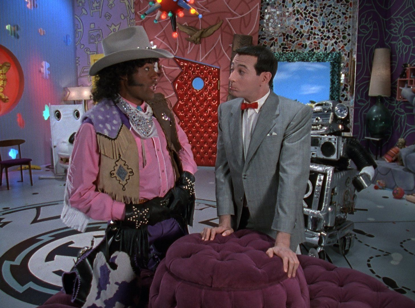 Cowboy Curtis (Laurence Fishburne) and Pee-wee