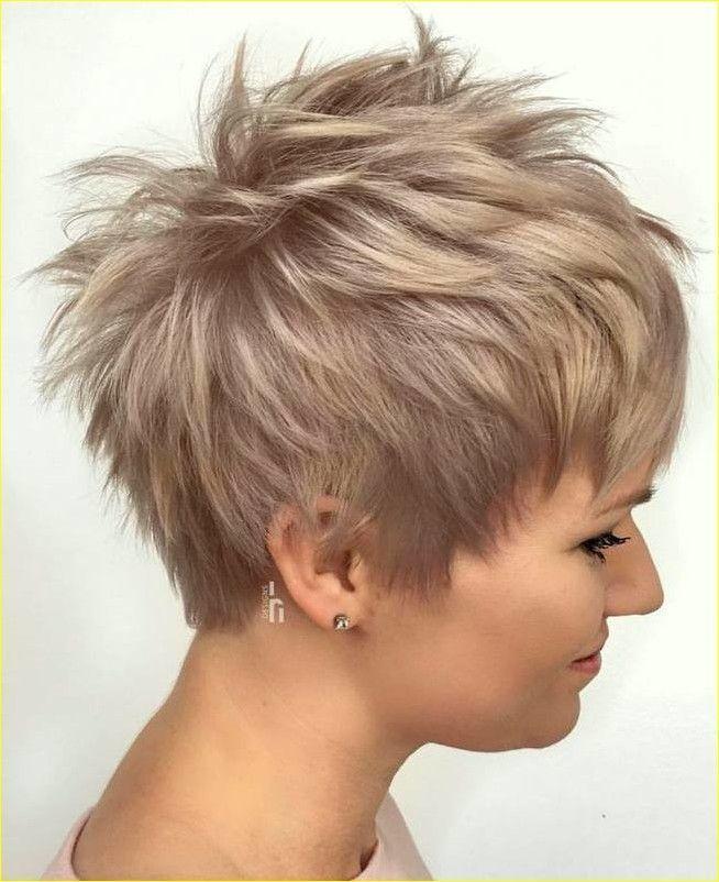 Kurze Pixie Frisuren Fur Frauen 2019 2020 Haarschnitt Kurz Pixie Haarschnitt Haarschnitt