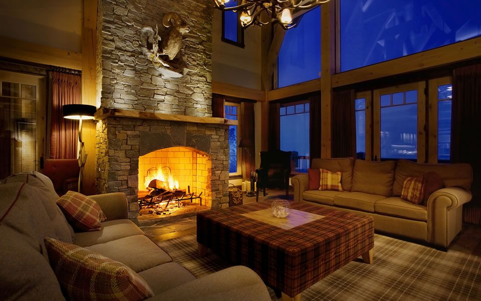 Bighorn Lodge Revelstoke Mountain Resort Cosy Fireplace