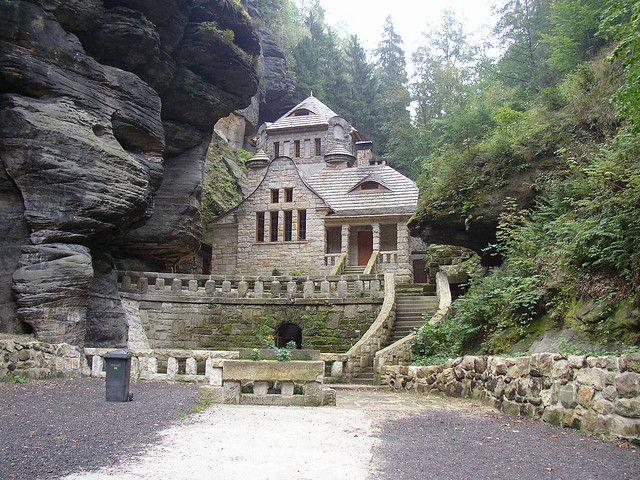 Beautiful house in Bohemian Switzerland National Park near Hřensko, Czech Republic (by Maci ).