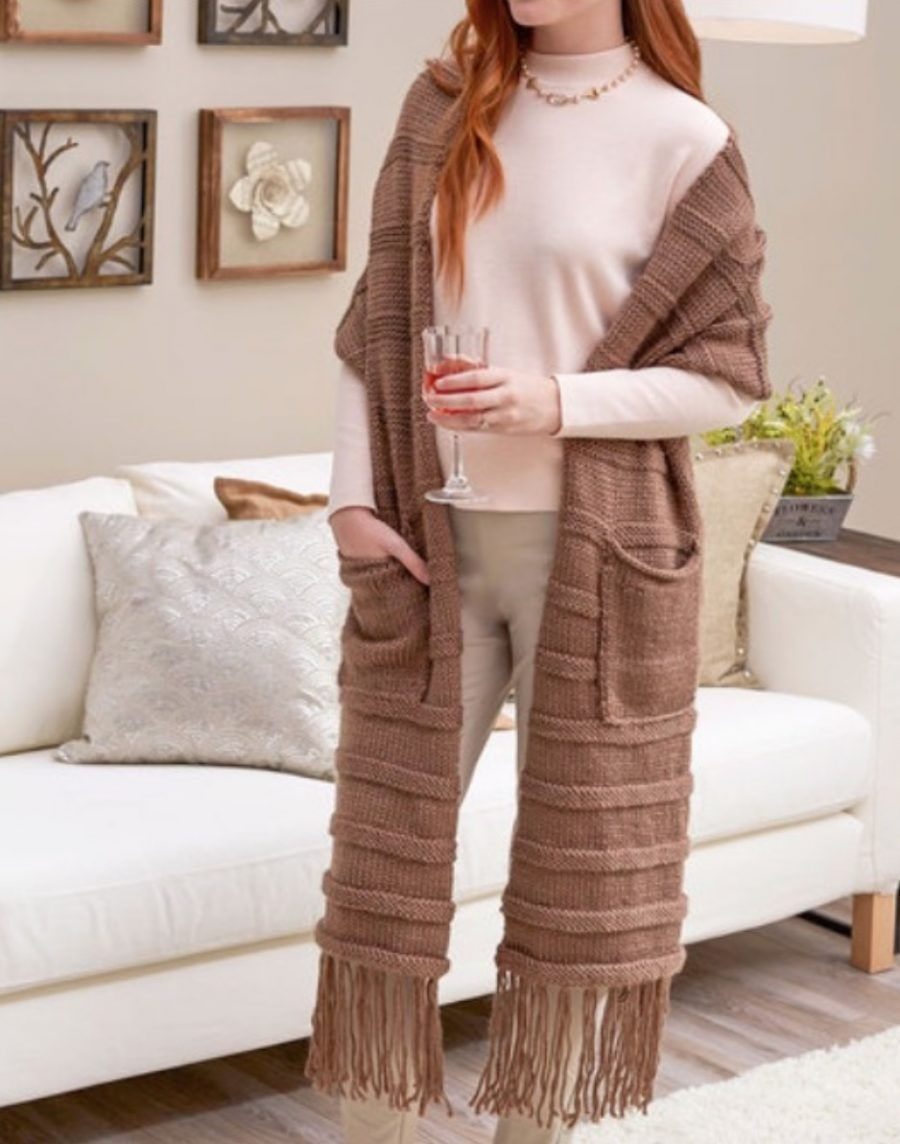 You'll Love This Free Knitted Scarf With Pockets Pattern ...