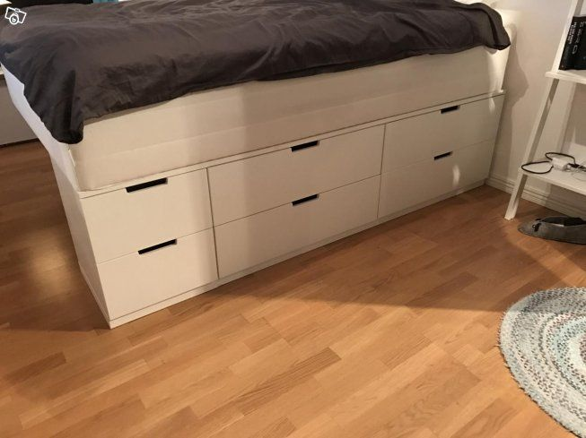 säng under säng