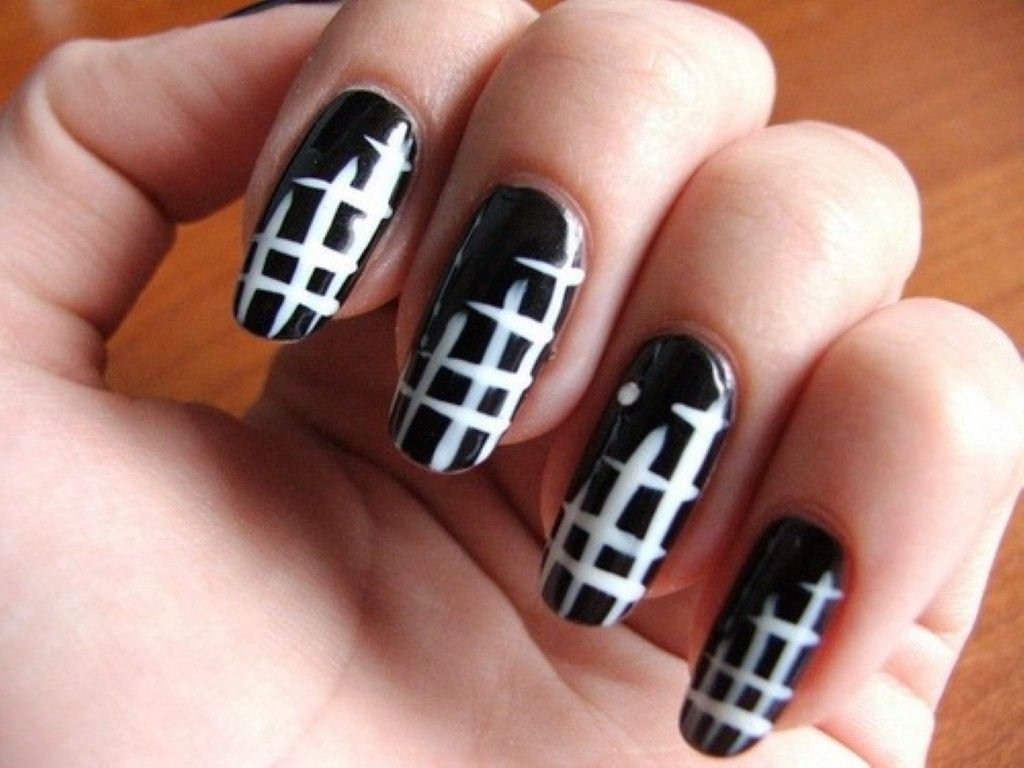 Black and White Nail Designs Ideas