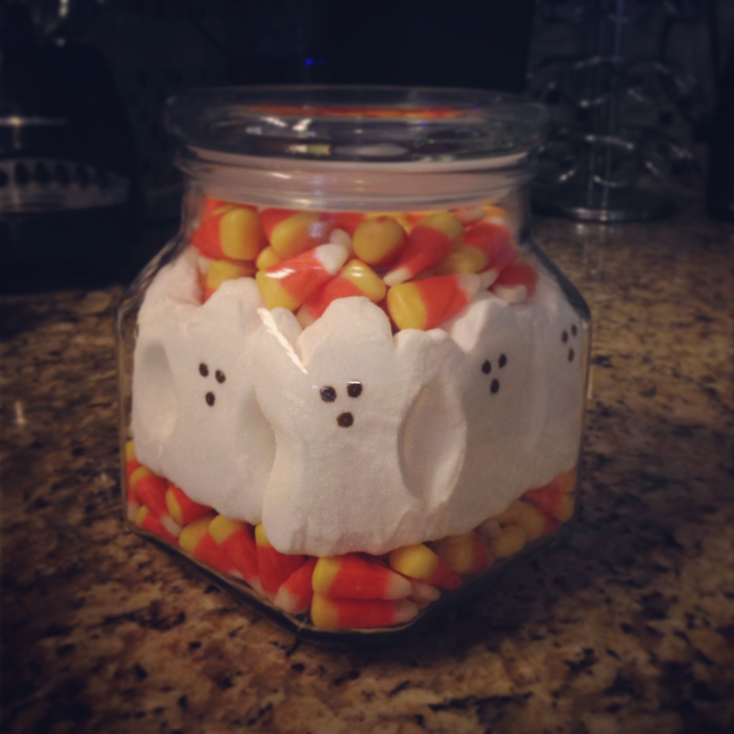 Halloween decorations, candy corn, ghost peeps, Halloween candy jar - Kid Friendly Halloween Decorations