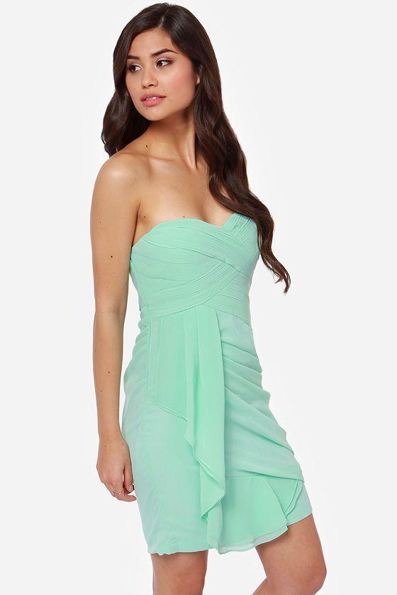 Vestido verde menta strapless