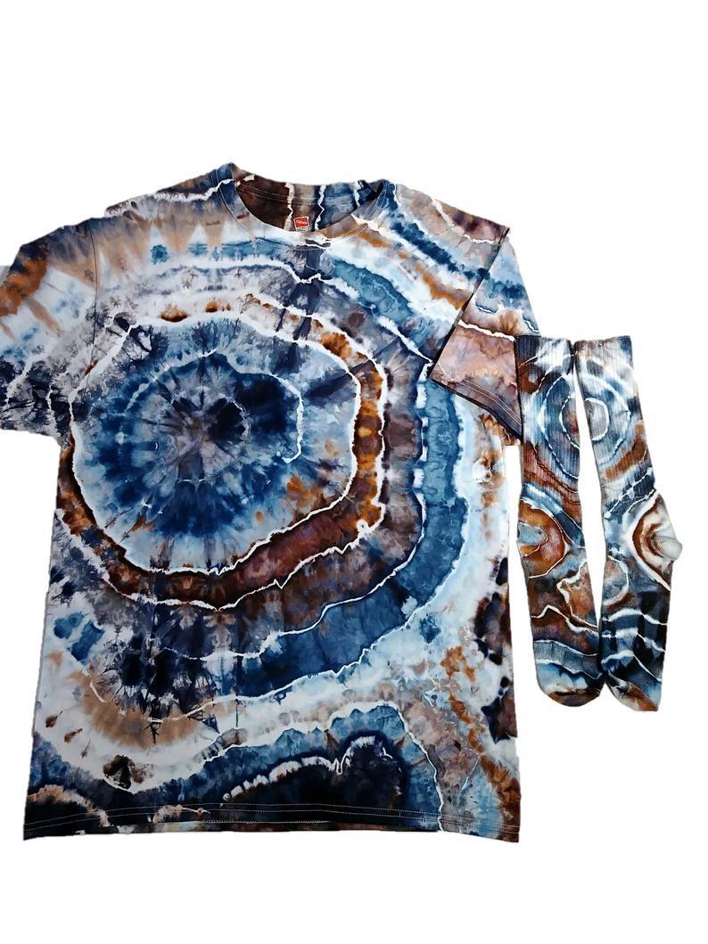 Mens Tie Dye Shirt Ice Dye Geode Rock T Shirt Earthy Tye Etsy Dye Tie Dye Tye Dye Shirts [ 1059 x 794 Pixel ]