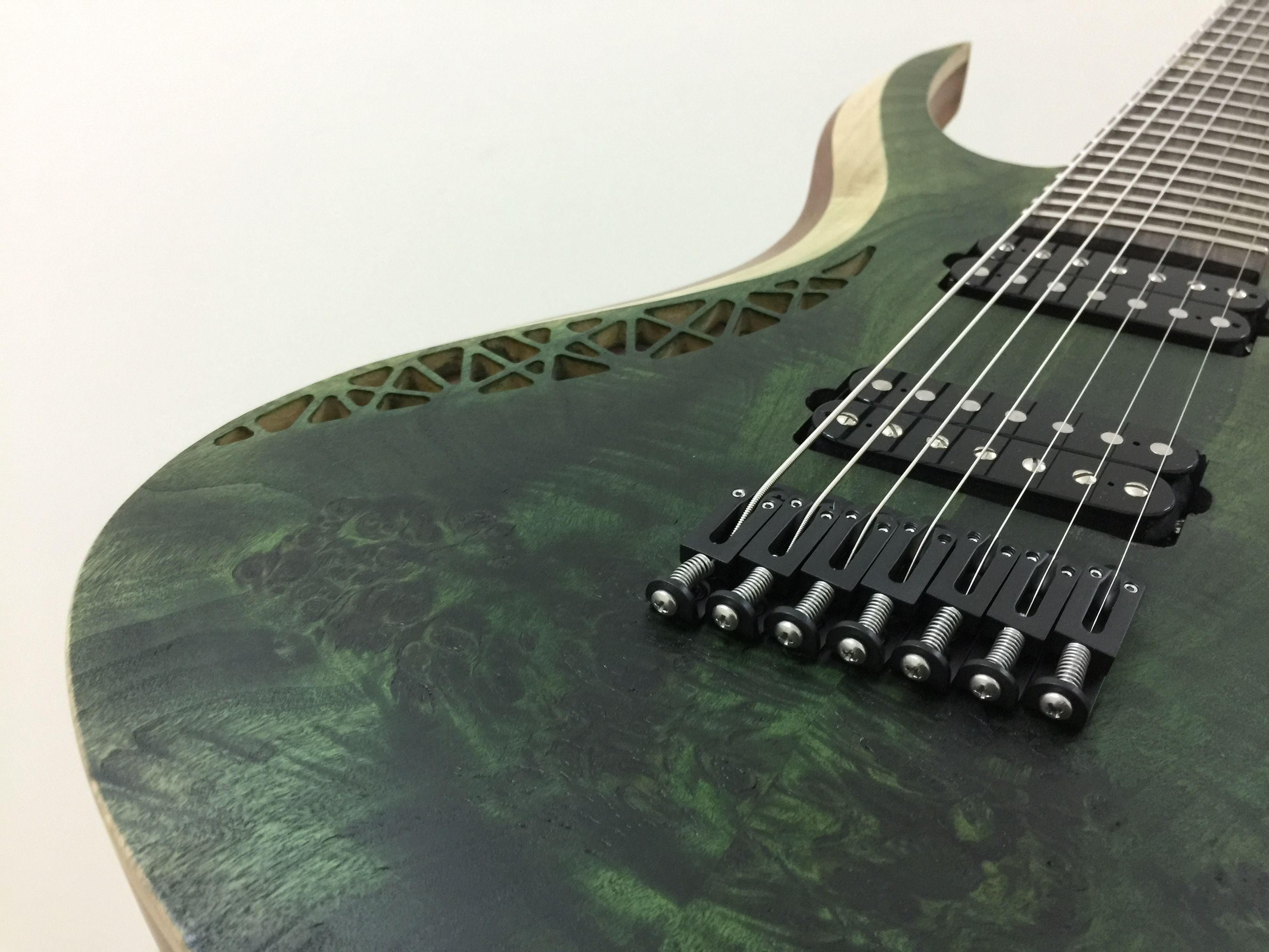 Tropic green Rhea 7 strings multiscale