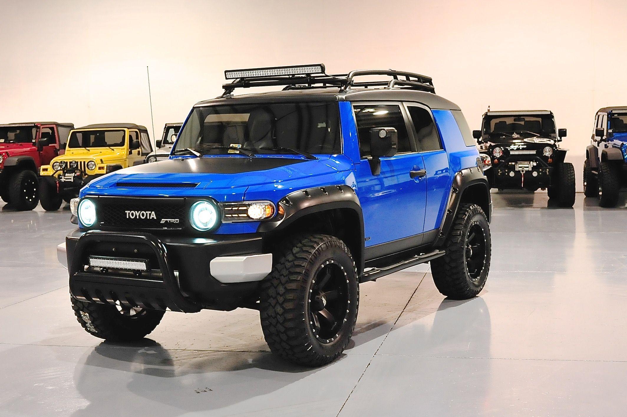 Fj Blue 1 Davis Autosports In 2020 Toyota Fj Cruiser Lifted Jeep Cherokee Fj Cruiser Accessories