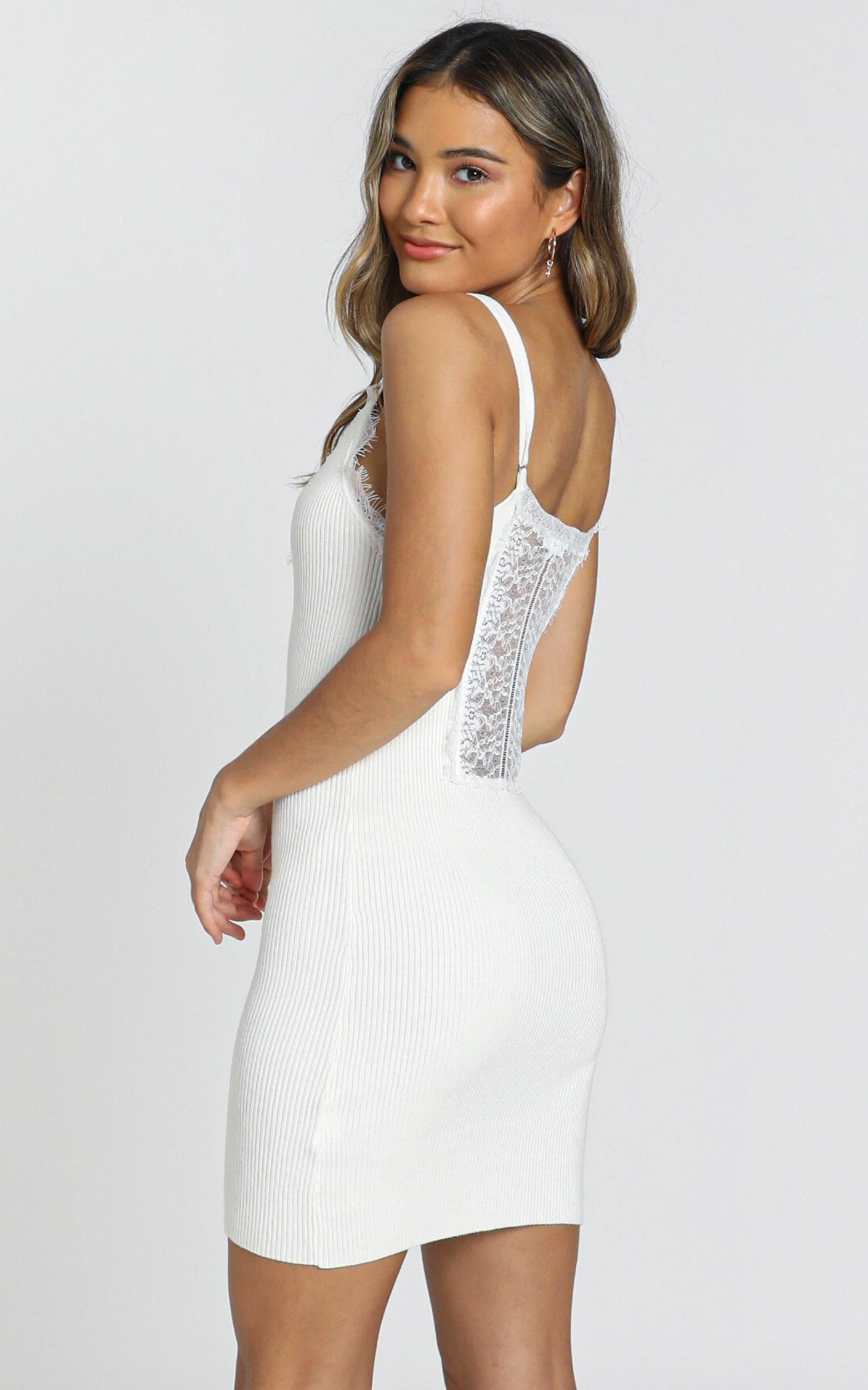 Plymouth Dress In White Showpo Dresses White Dress Vegas Dresses [ 2500 x 1562 Pixel ]