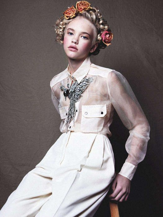 Perfectly Poised Editorials : Emma for Material Girl