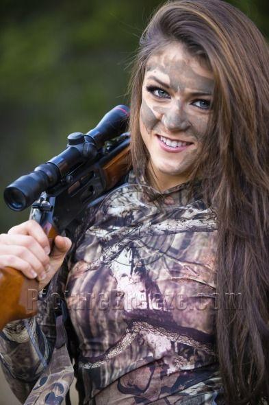 Sexy hunting girls