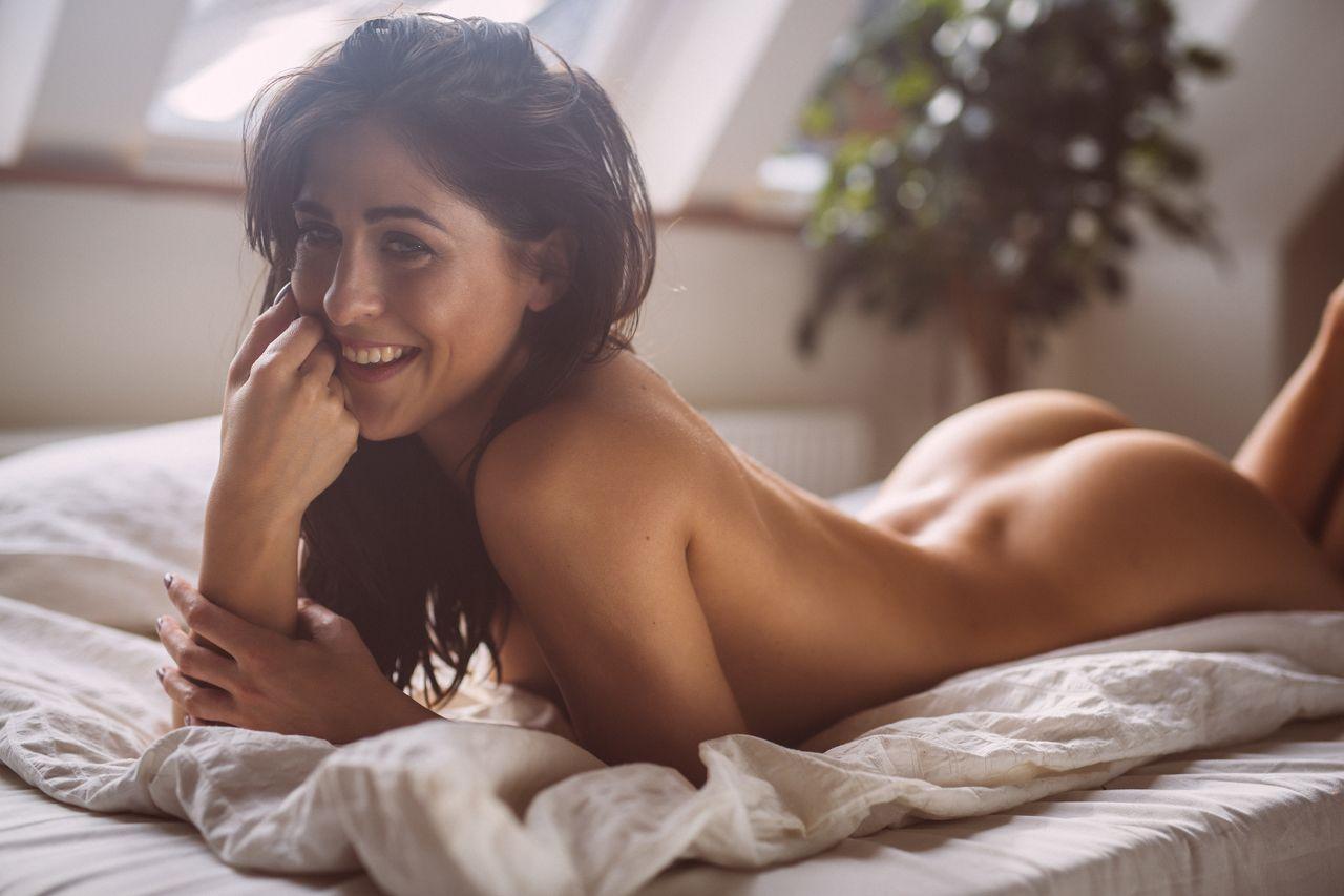 skinny mixed girl nude