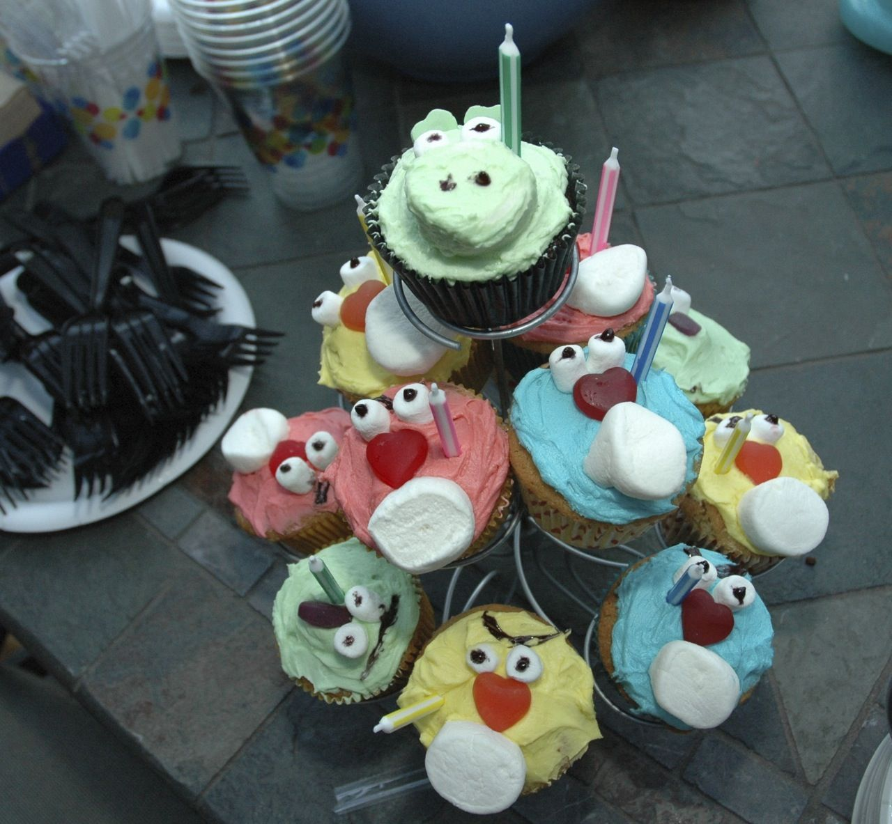 From Angry Birds To Star Wars 8 Easy Birthday Cake Ideas