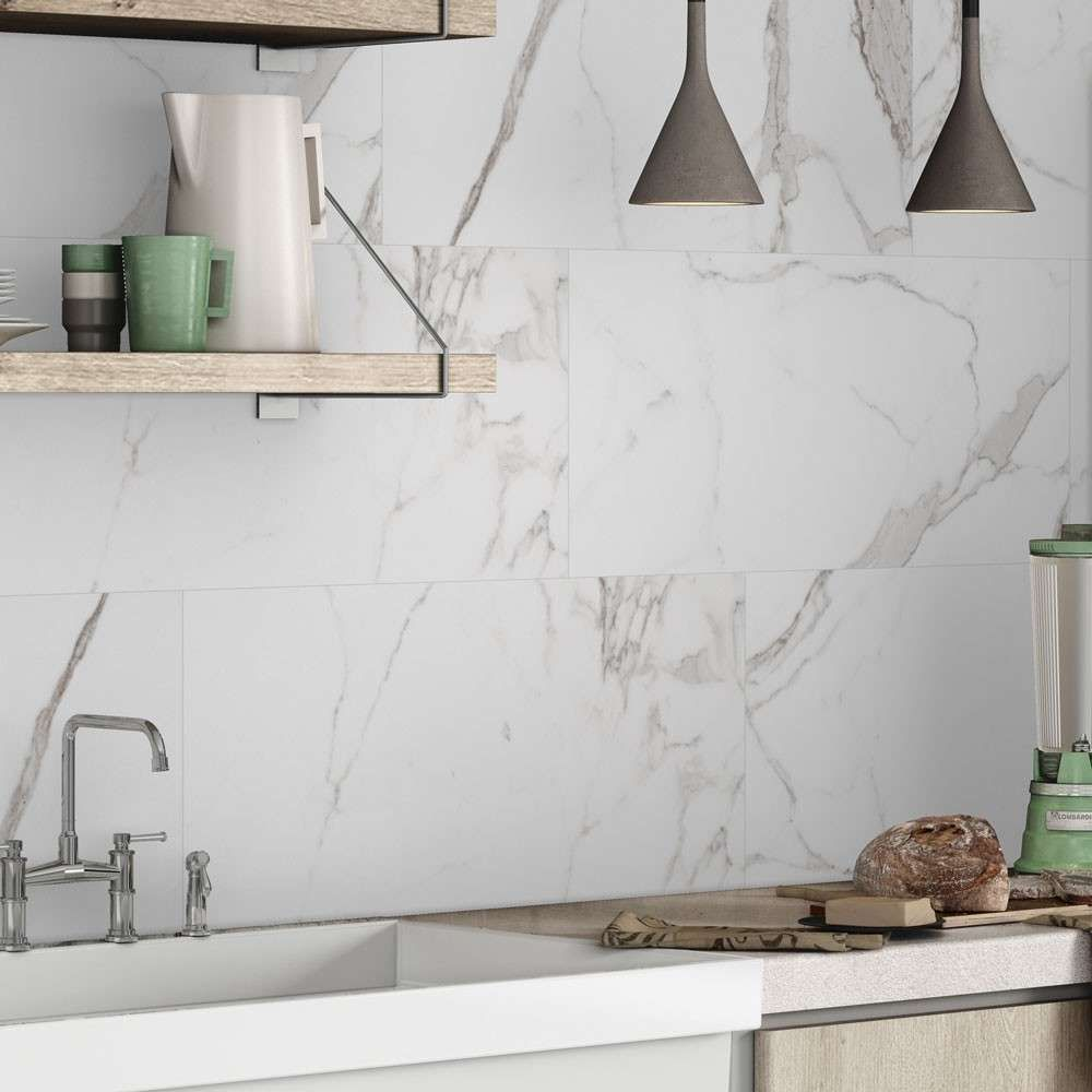 Top 10 Kitchen Tiles Fab Splashback And Floor Ideas In 2020 Marmorfliesen Fliesen Kuche Fliesen