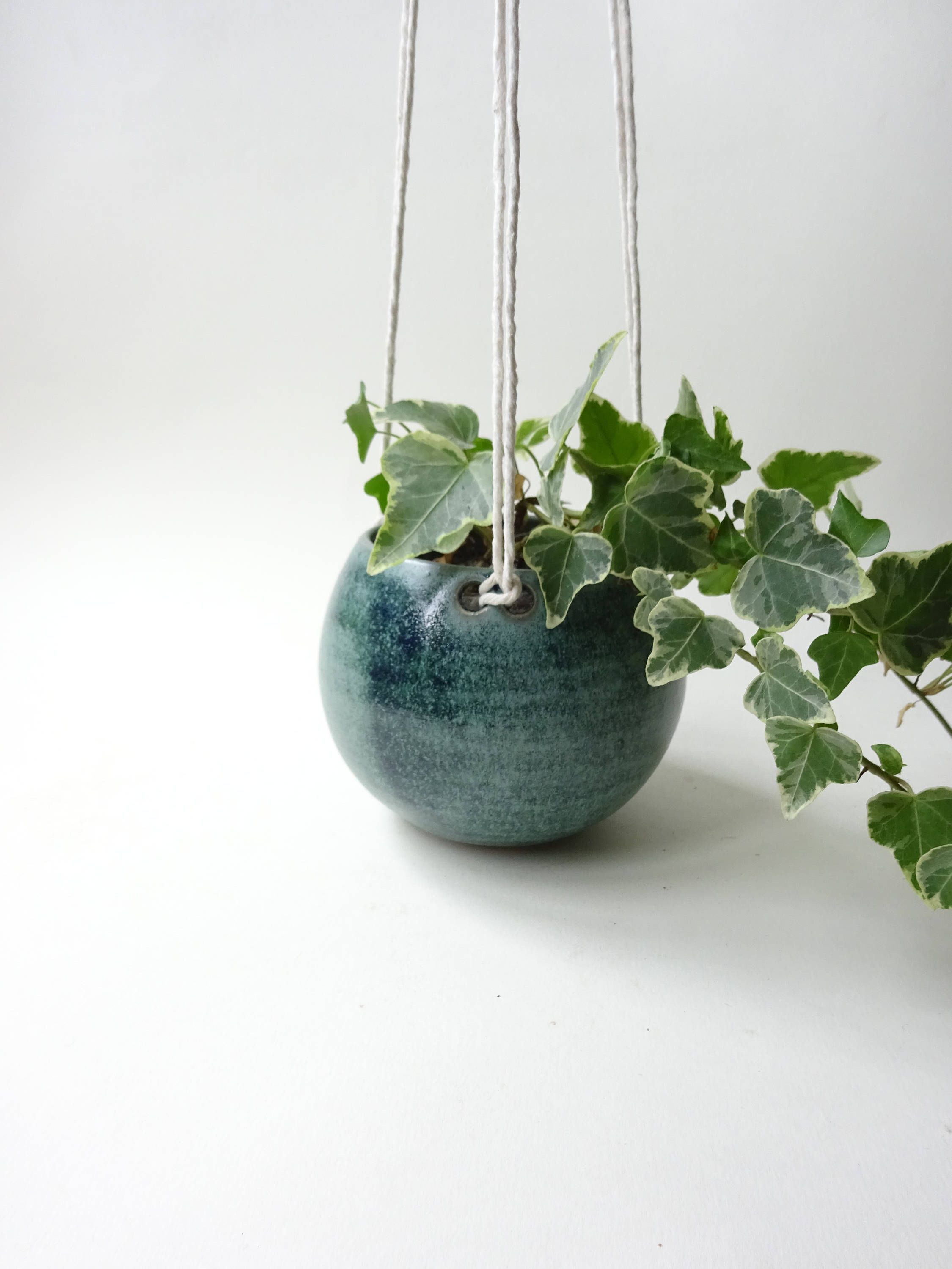 Small hanging planter hanging vase for succulent plants cacti small hanging planter hanging vase for succulent plants cacti and small plants reviewsmspy