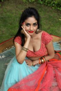 Tollywood actress sexy pics