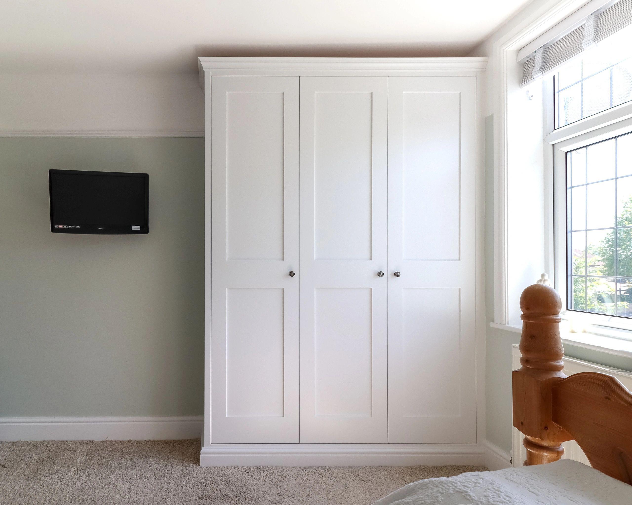 Wevet Shaker TW Bespoke Fitted wardrobes bedroom