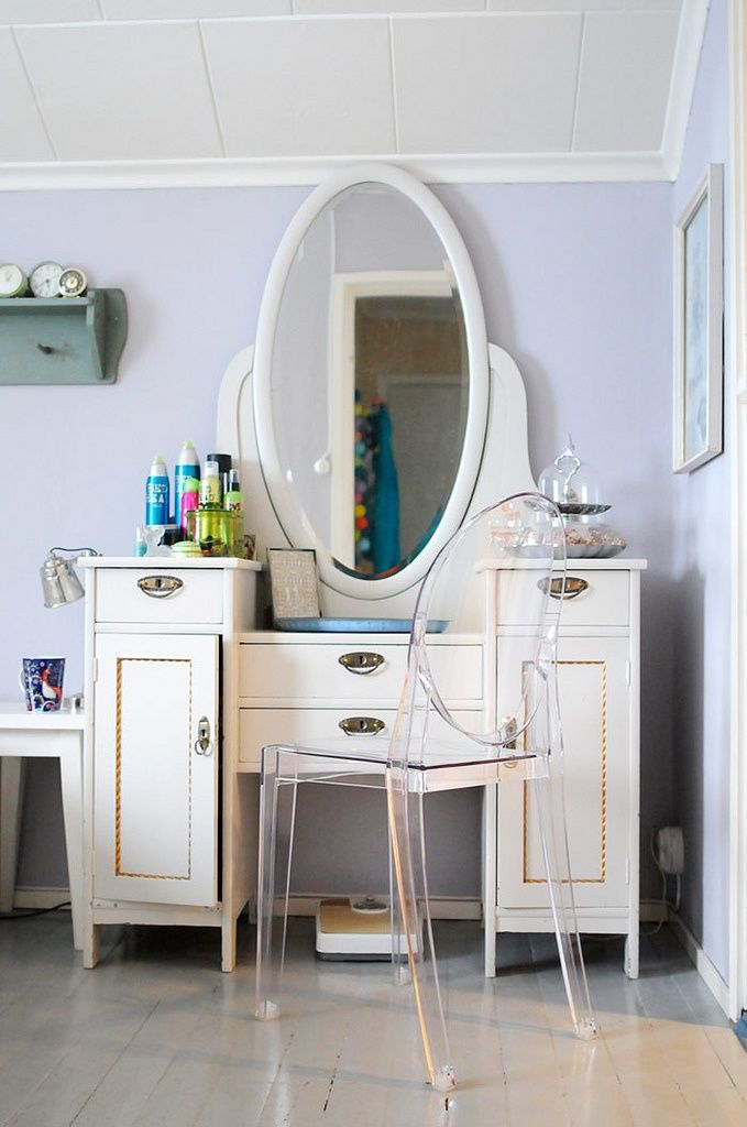 Beauty Tips for Busy Moms Vanity tables and Fashion
