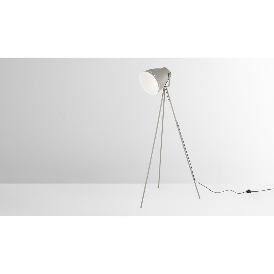 Barton Tripod Stehlampe Grau Und Kupfer In 2020 Home Decor