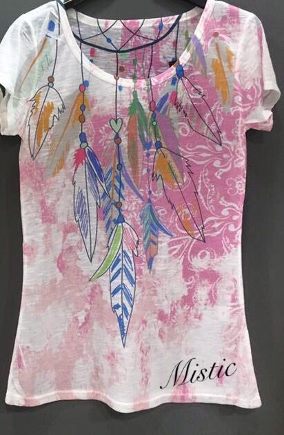 Camisetas, plumas
