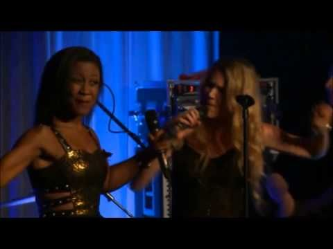 Joss Stone & Beverley Knight - Piece of my Heart - YouTube