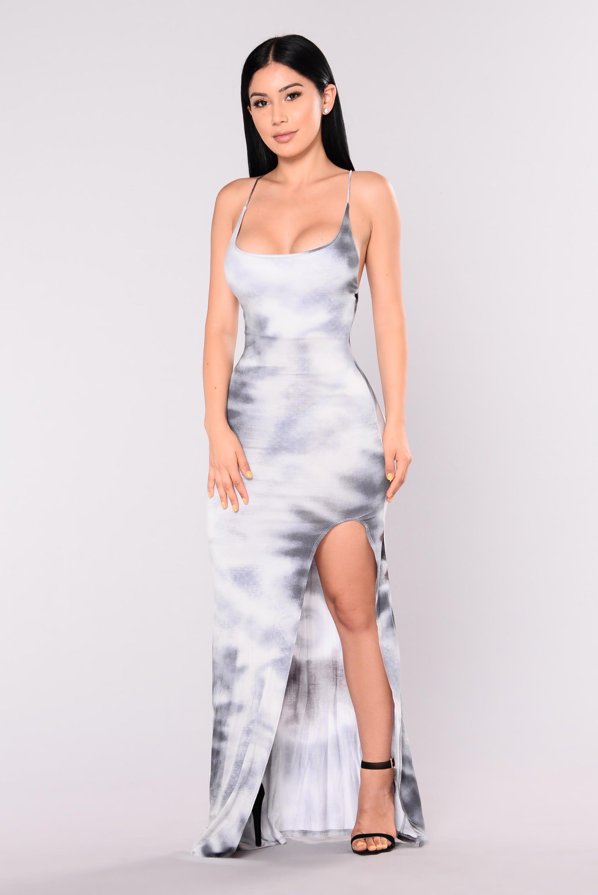 Seeing Things Maxi Dress Black/Grey from Fashion Nova