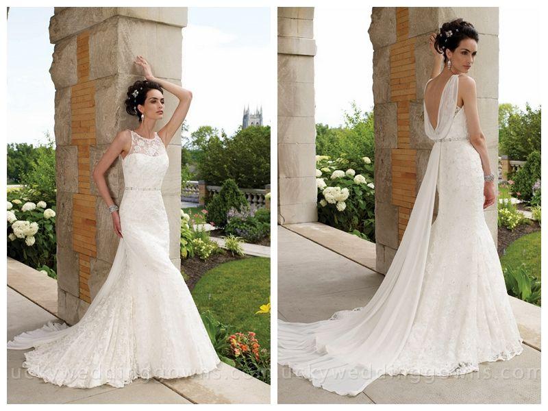 Sleeveless Slim A-line Wedding Dress with Lace Bateau Neckline