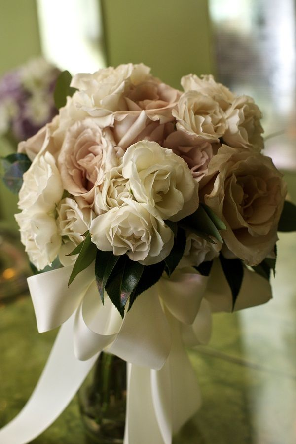 48749bc1283 Cream and Blush Colored Bouquet