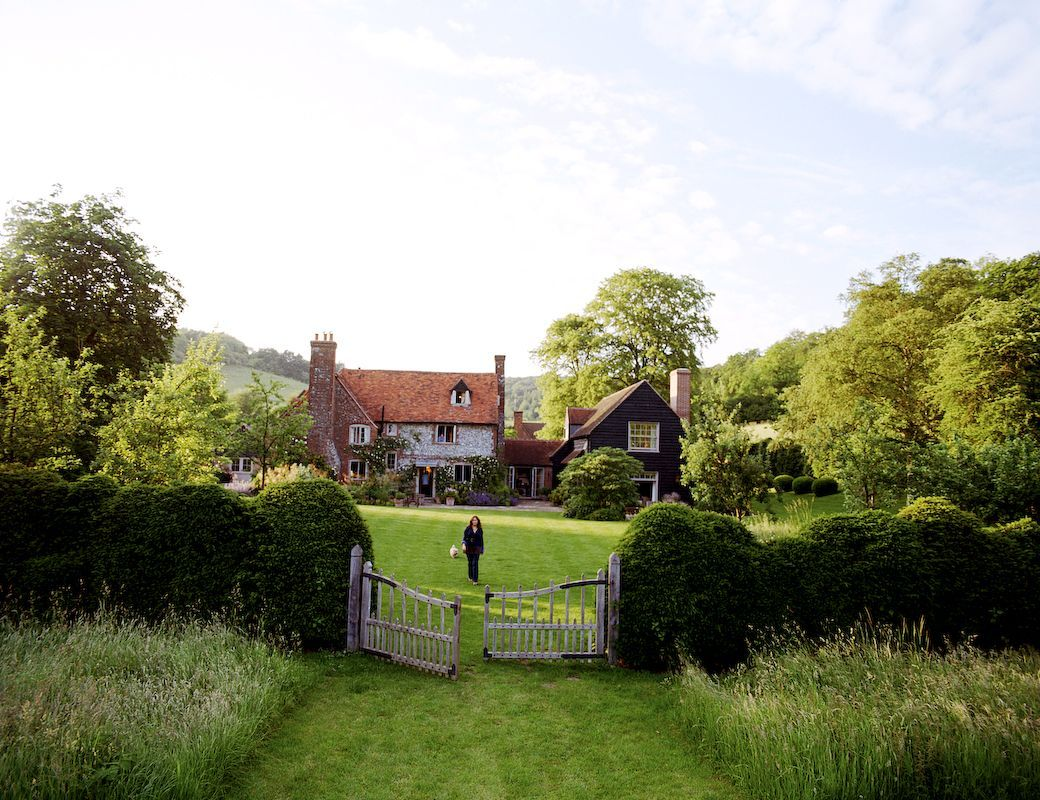 Garden designer justin spink cottage garden for a new farmhouse ...