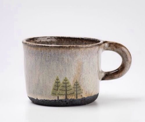 Lovely theme on this mug – I imagine sitting in the forest right now.