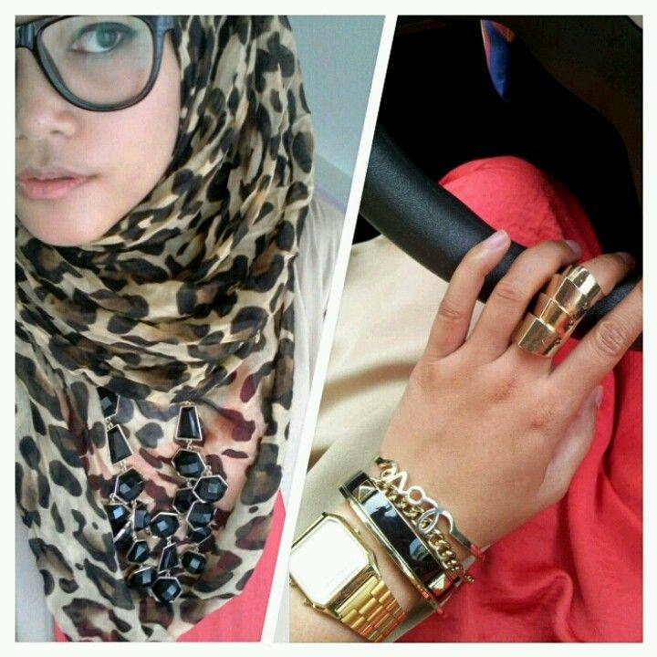 armor nuckle shield ring--aaaagh the glasses n leopard print are fantastic x)