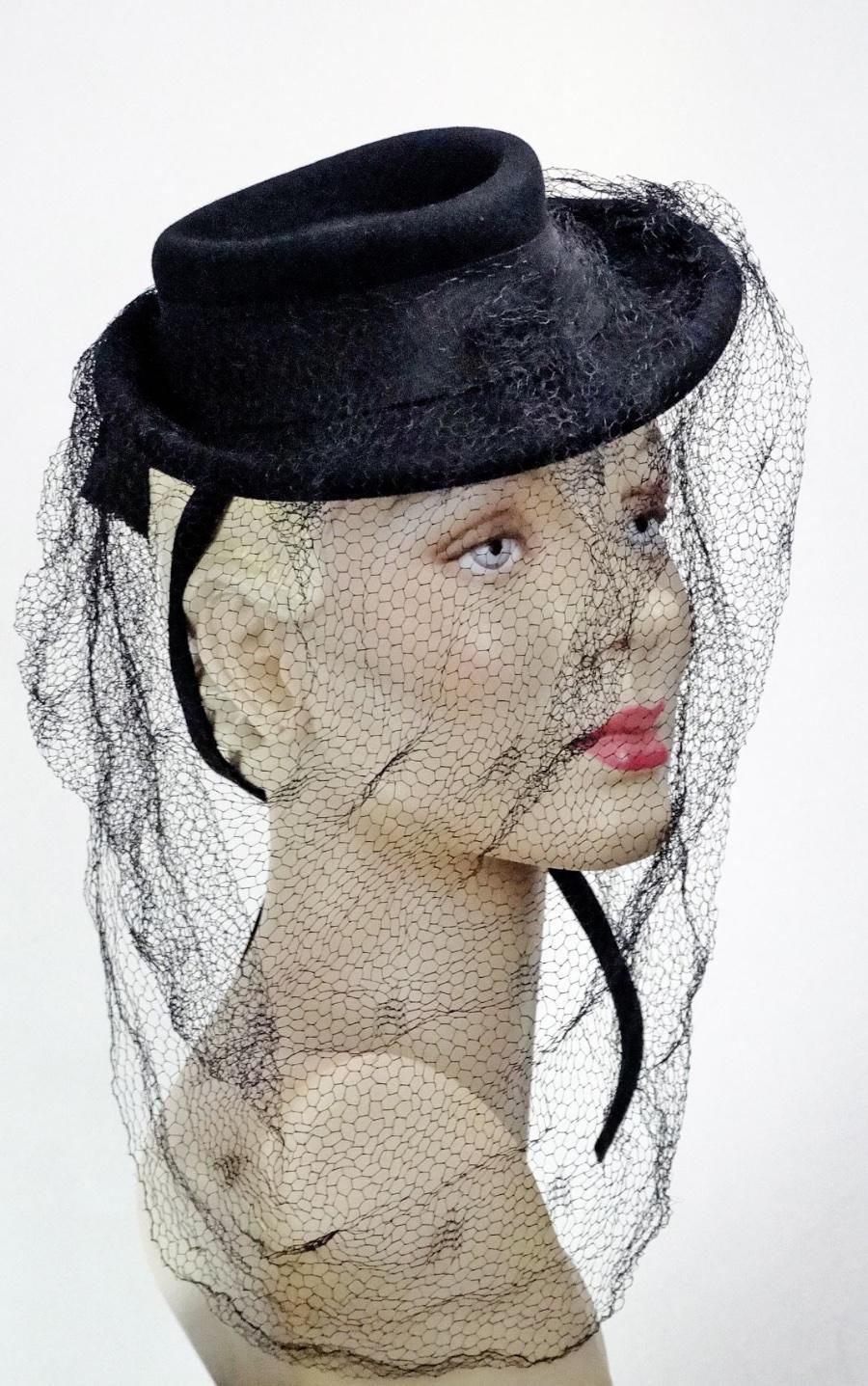 1930s 1940s Hat Black Mini Tilt Fedora Full French Silk Veil One Size  1455   c54738112934