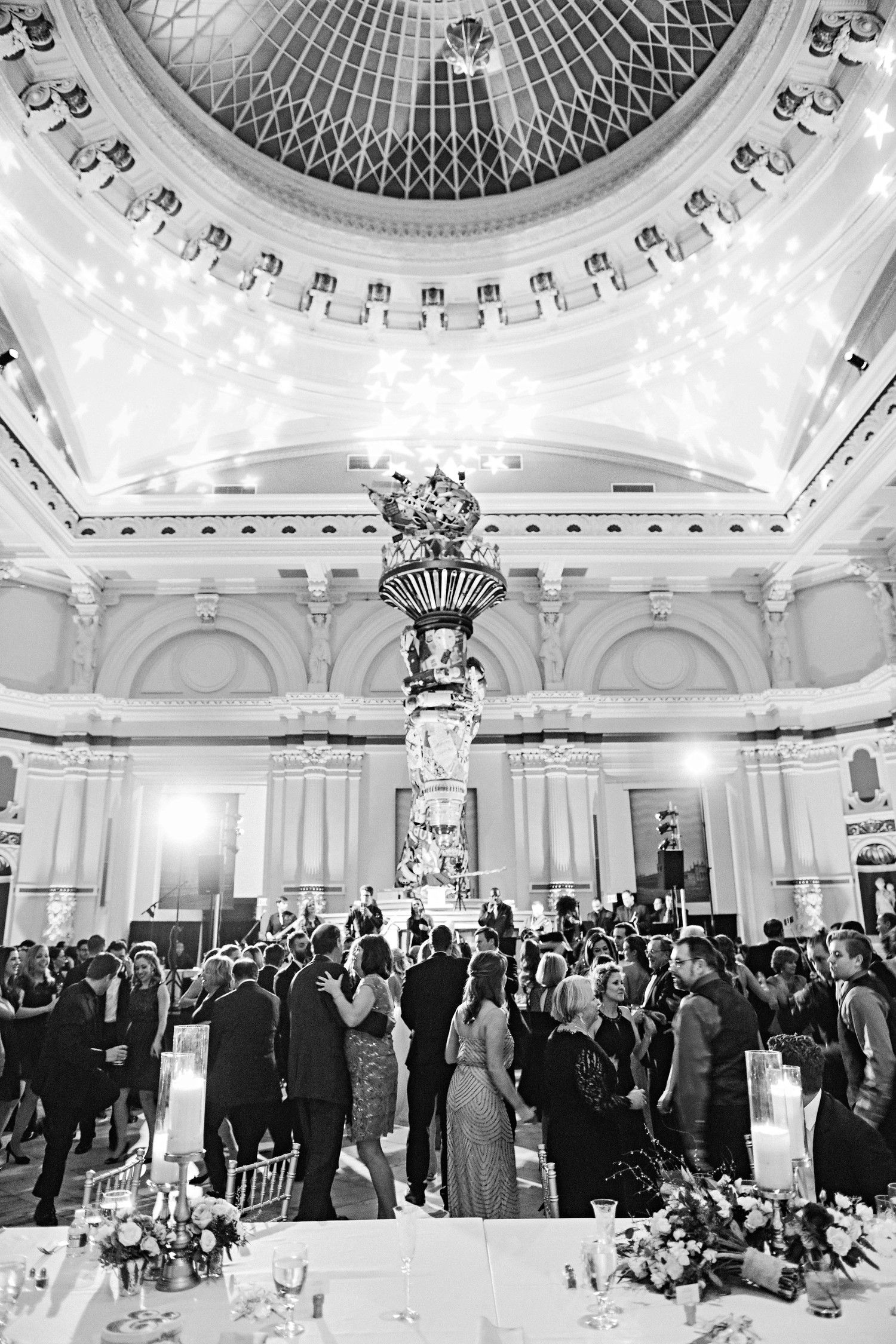 f66c04f1a96 Partygoers danced in the museum s Hamilton Hall—where a glittering ball was  ready to drop at midnight. After 1 a.m.
