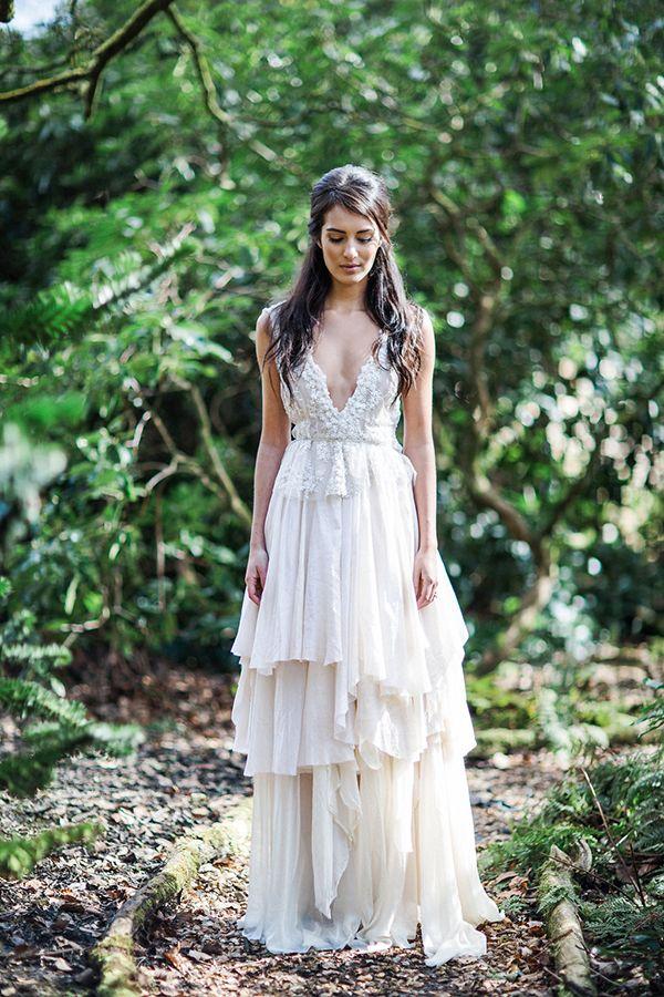20 Forest Woodland Outdoor Wedding Dress Ideas Outdoor Wedding - Simple Outdoor Wedding Dress