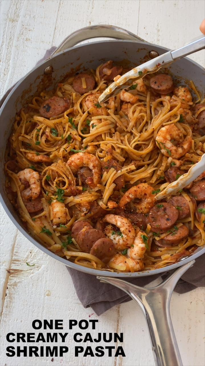 One Pot Creamy Cajun Shrimp Pasta