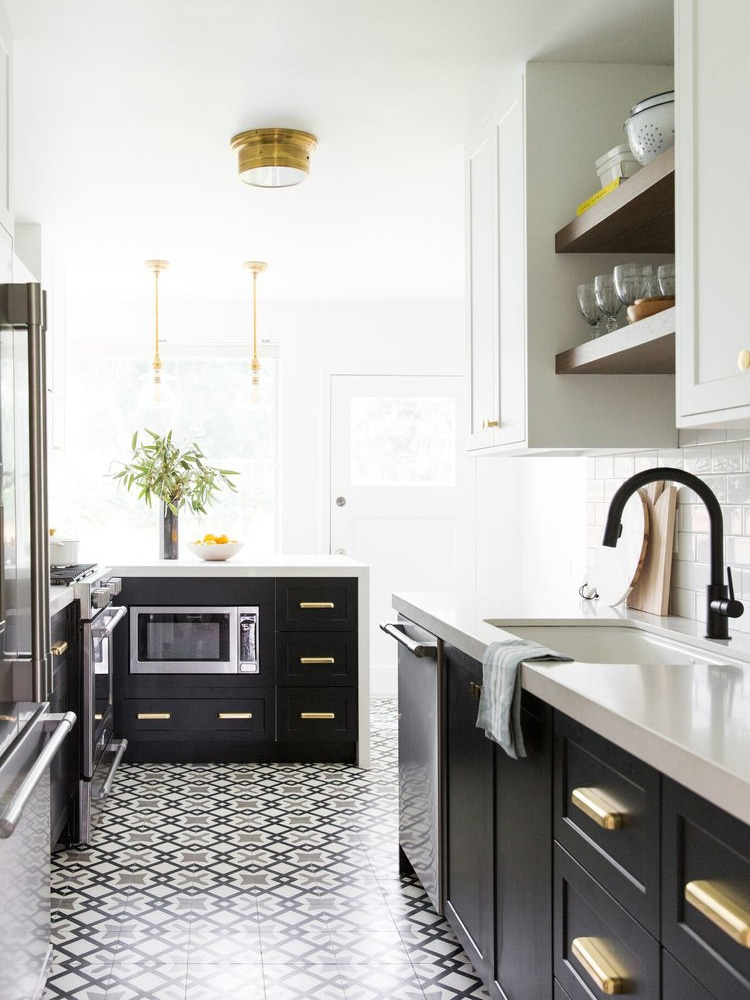 6 Small Galley Kitchen Ideas That Are Straight Up Great #ikeagalleykitchen