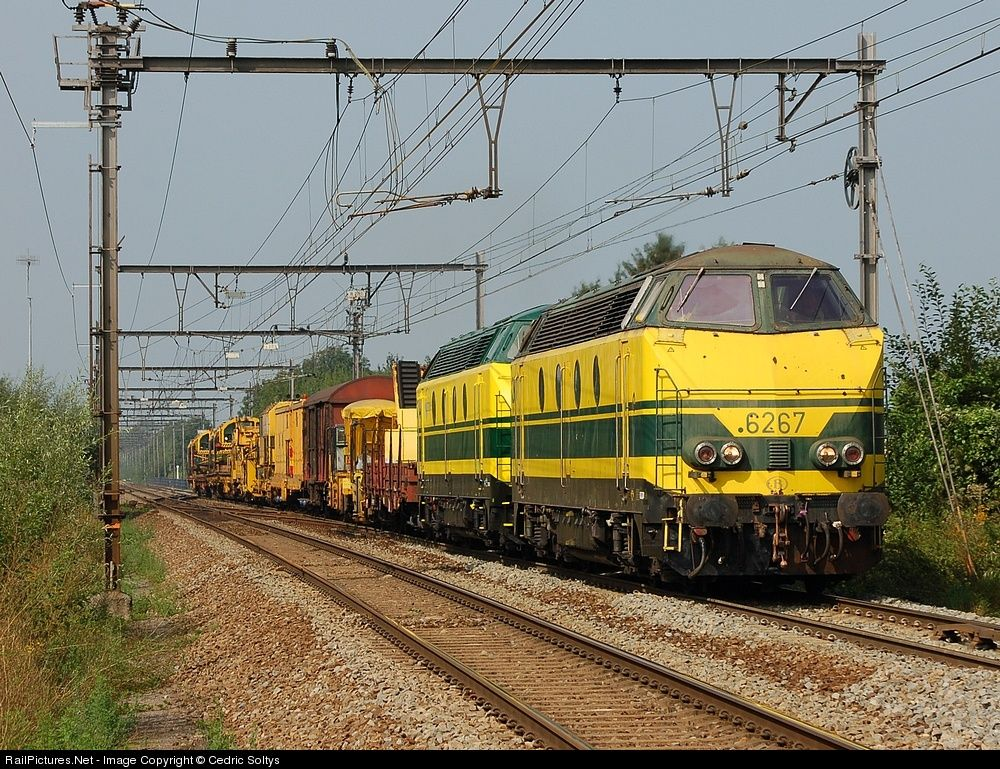 RailPictures.Net Photo: 6267 ( & 6278) SNCB/NMBS Class 62 at Fouron, Belgium by Cedric Soltys
