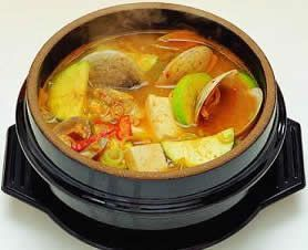 Korean Food Dwenjang Chigae Bean Paste Stew With Beef Vegetables Resep Masakan Korea Resep Makanan Makanan