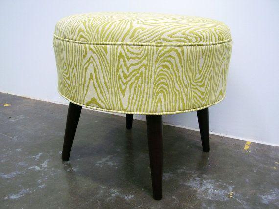 Ottomans Dakota Ottoman Box Oak Shade: Faux Wood Grain(!) Fabric On Mid-century Inspired Ottoman